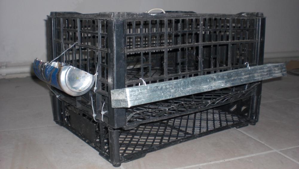 Используем пластиковые ящики