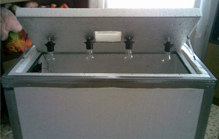 Инкубатор из пенопласта с простой автоматикой