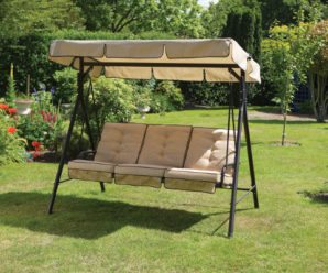 Как выбрать садовые качели для загородного дома?